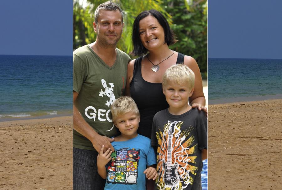 Caroline och Jens flyttade till Thailand med sin familj