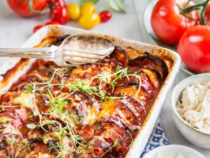 gratang-med-aubergine-och-tomat-reept