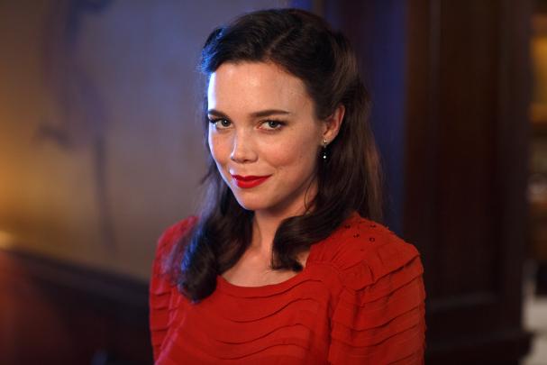 Nina Löwander (Hedda Stiernstedt). vår tid är nu svt