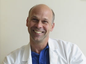 Överläkaren Andreas Münch, expert på mikroskopisk kolit.