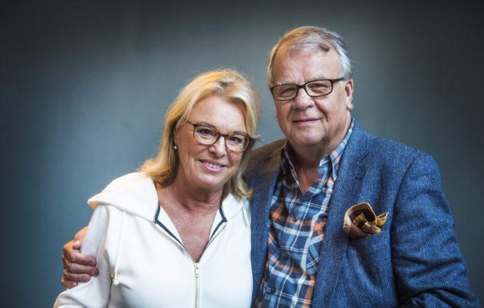 Lasse Berghagen och Magnus Härenstams änka, Birgitta Härenstam, vid en paneldebatt på Bio Sture 2015.