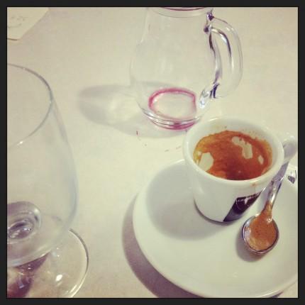 ....och givetvis fina viner och starkt kaffe på det!
