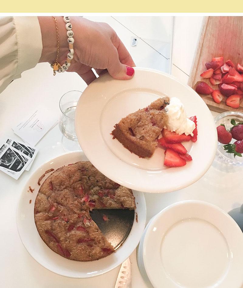 jordgubbstarta-gluten-fri-recept-01