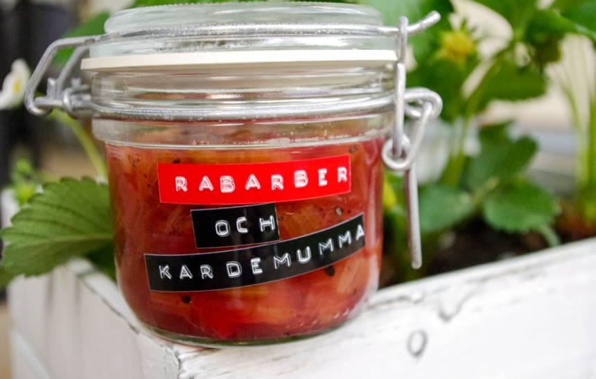 marmelad rabarber och kardemumma