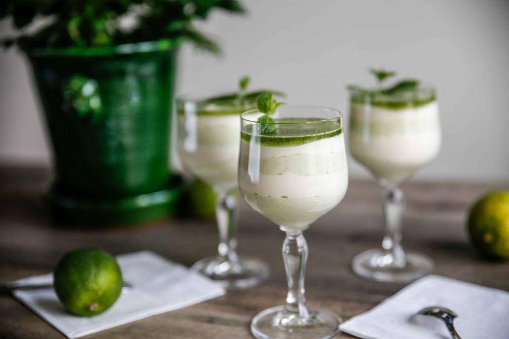 vit chokladmousse med lime