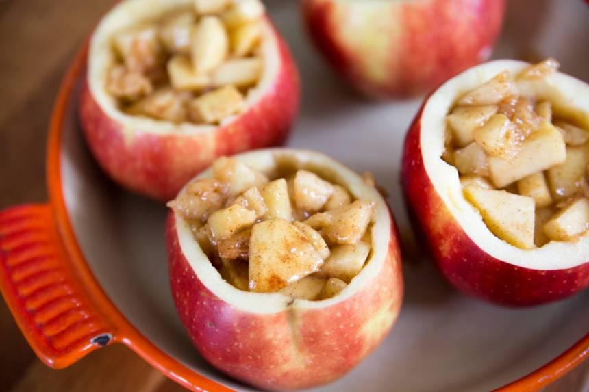 fyllda bakade äpplen