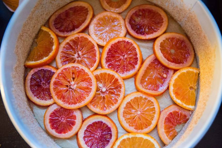 Läcker sockerkaka med blodapelsin