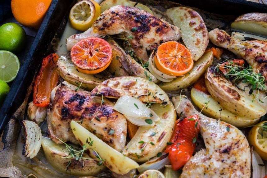 Baka allt på samma plåt med det här receptet på kyckling i ugn!