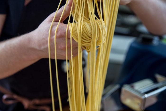 Hemgjord pasta