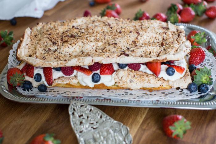 Brittatårta, Fredrik och flickornas tårta, kärt barn har många namn!