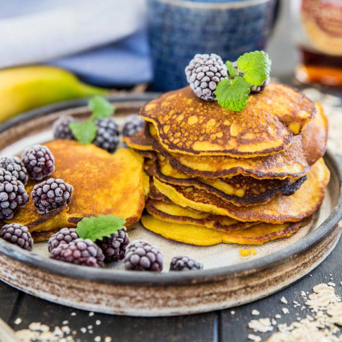 hälsosamma pannkakor med havre och banan