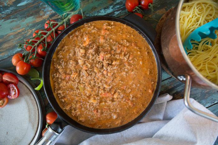 Bästa receptet på köttfärssås